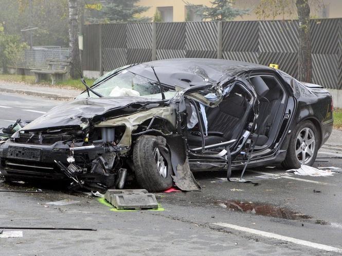 В случае гибели автомобиля, уменьшение выплаты на сумму его амортизации страховщиком незаконно!