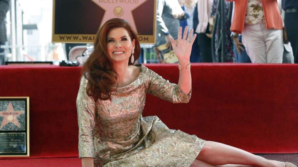 Debra Messing weiht ihren Stern auf dem Hollywood Walk of Fame ein. Foto: Willy Sanjuan