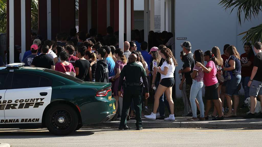 Students And Parents Return To Florida School For Orientation Following Shooting