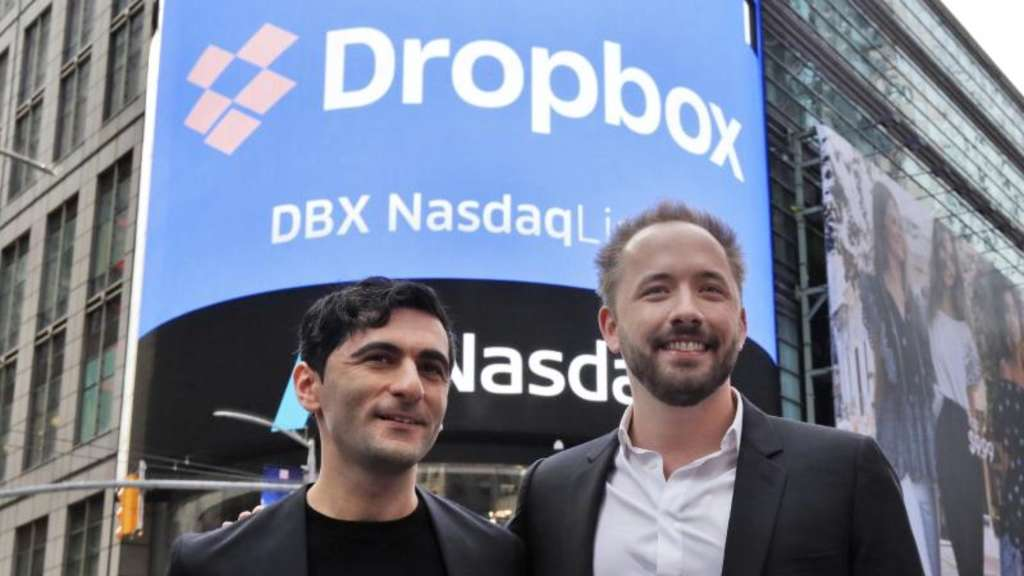 Die Dropbox-Gründer Arash Ferdowsi (l) und Drew Houston in New York. Foto: Richard Drew/AP